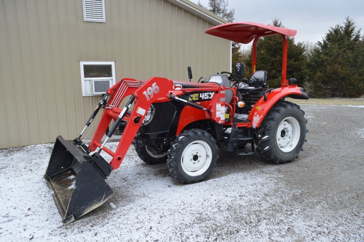 Tractors, Implements, Tools & Equipment Auction Near Severy