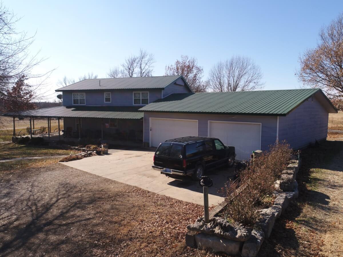 Farm House & Buildings on 5+- Acres Butler County, Ks South of Leon