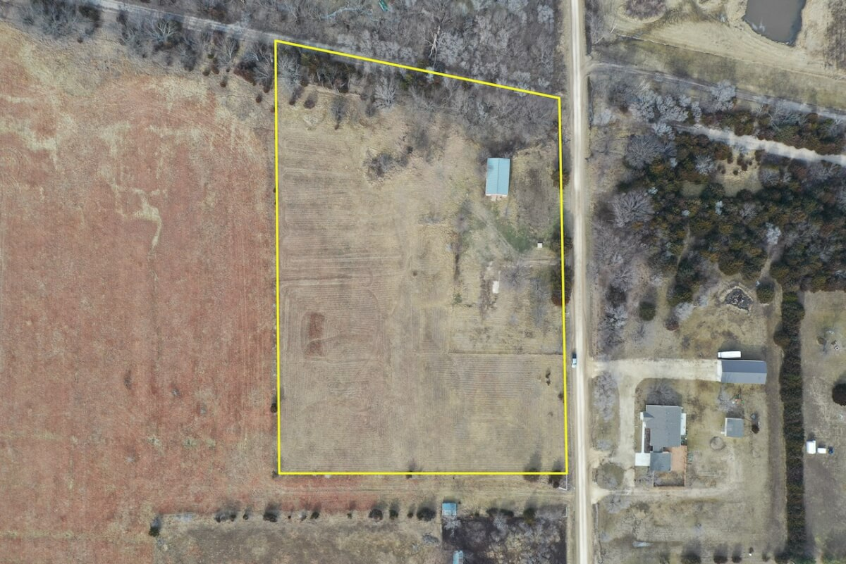 5.3 Acre Building Site, 50×30 Shop, Just East of Augusta