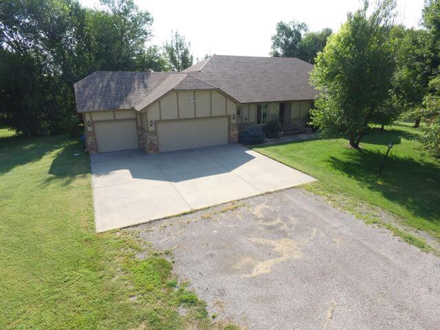 7622 SW Cedar Lane, Augusta Kansas 67010 House On 3 Acres For Sale