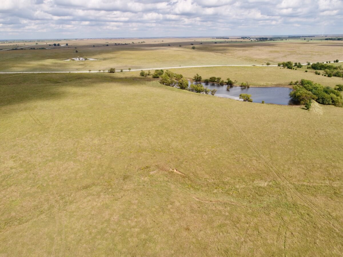 161.6 Acres Flint Hills Cattle Grazing Pasture For Sale Latham Kansas