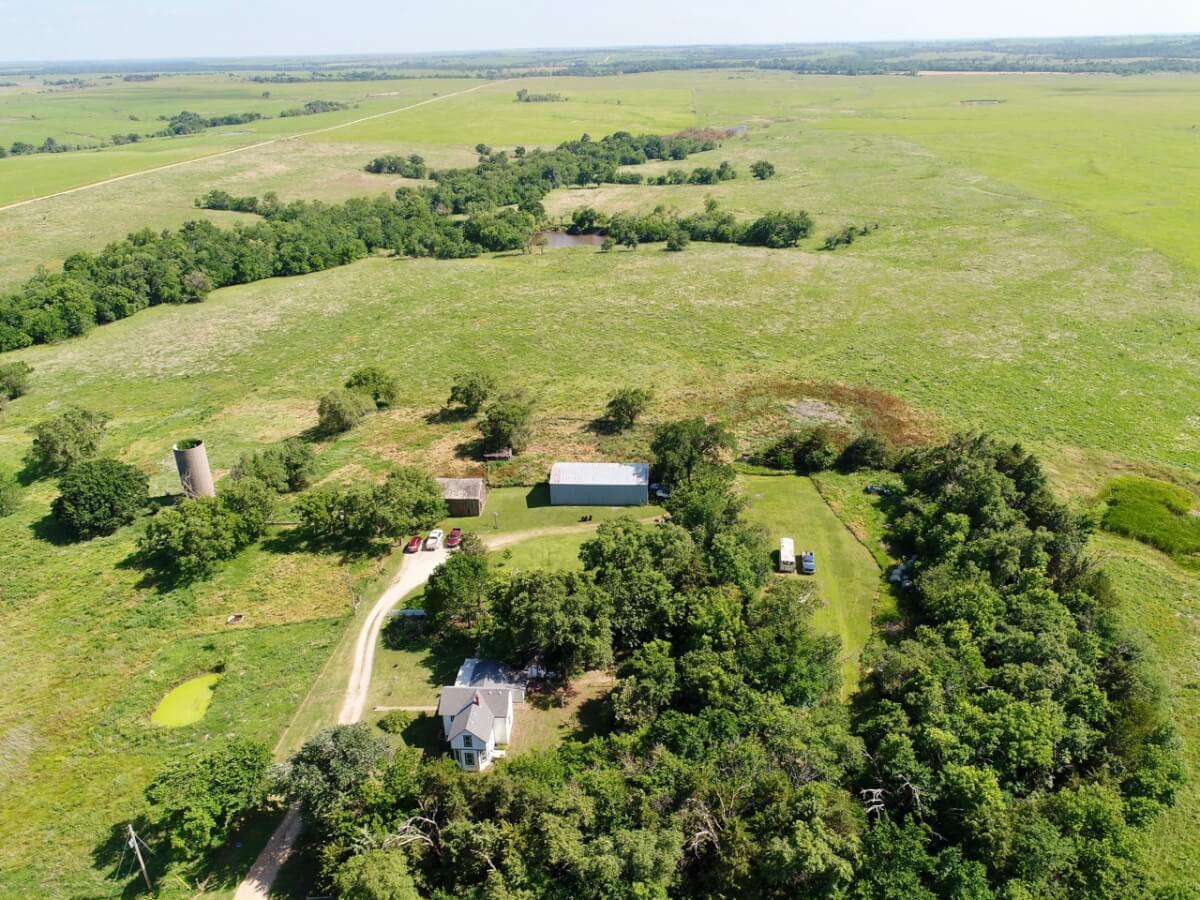 160+- Acres w/ Home & Barns Near Madison, Greenwood County Ks