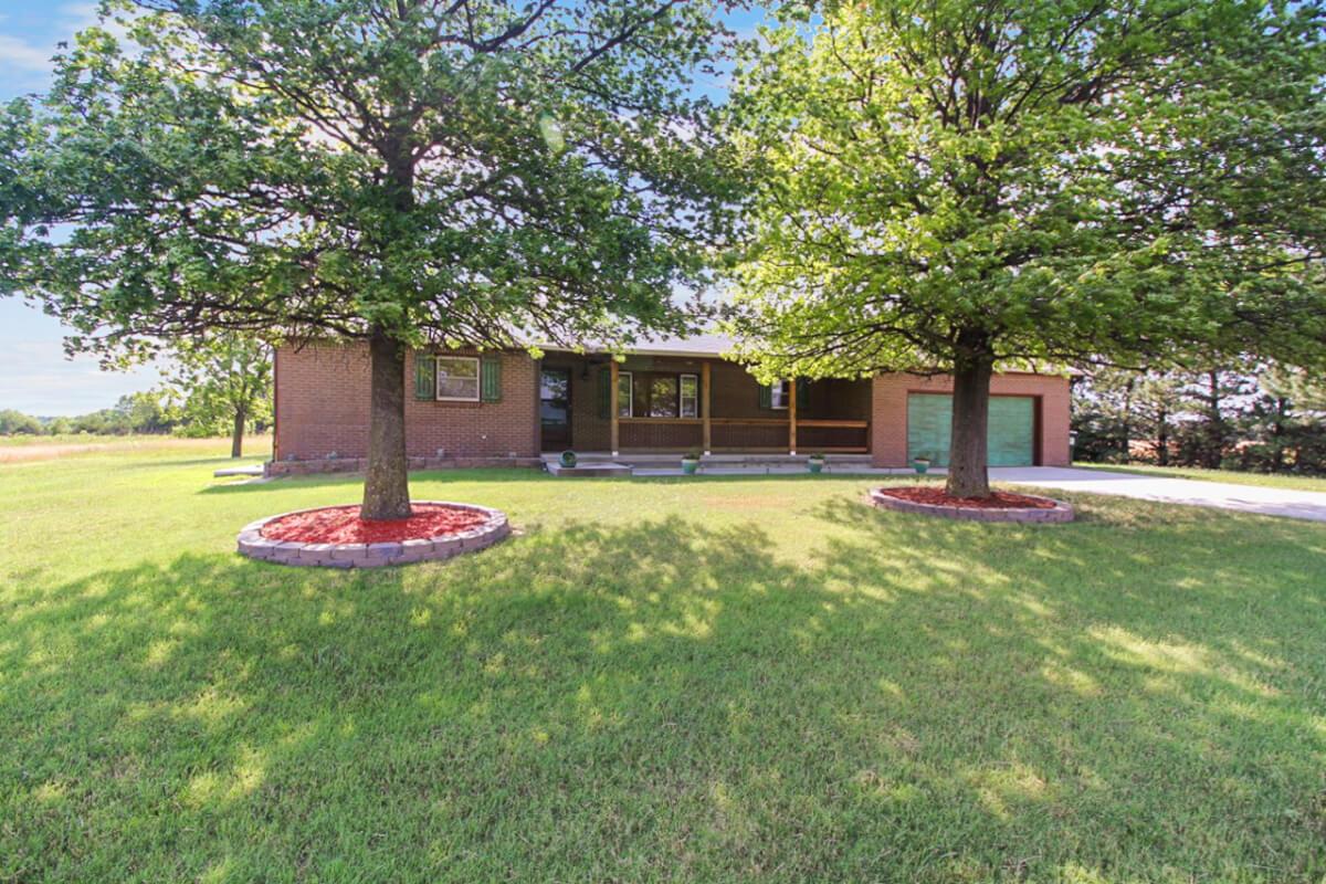 Home On 8.26 Acres, 11035 N Woodlawn, Sedgwick County, Kansas
