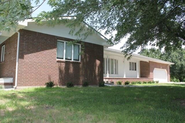 7971 SW Highway 77, El Dorado Kansas Brick House, 5 Acres