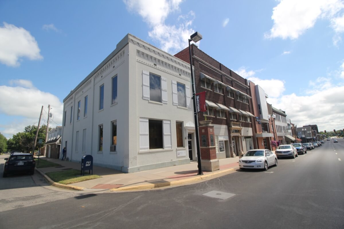 Commercial Office Building Auction – 228 W Central in El Dorado