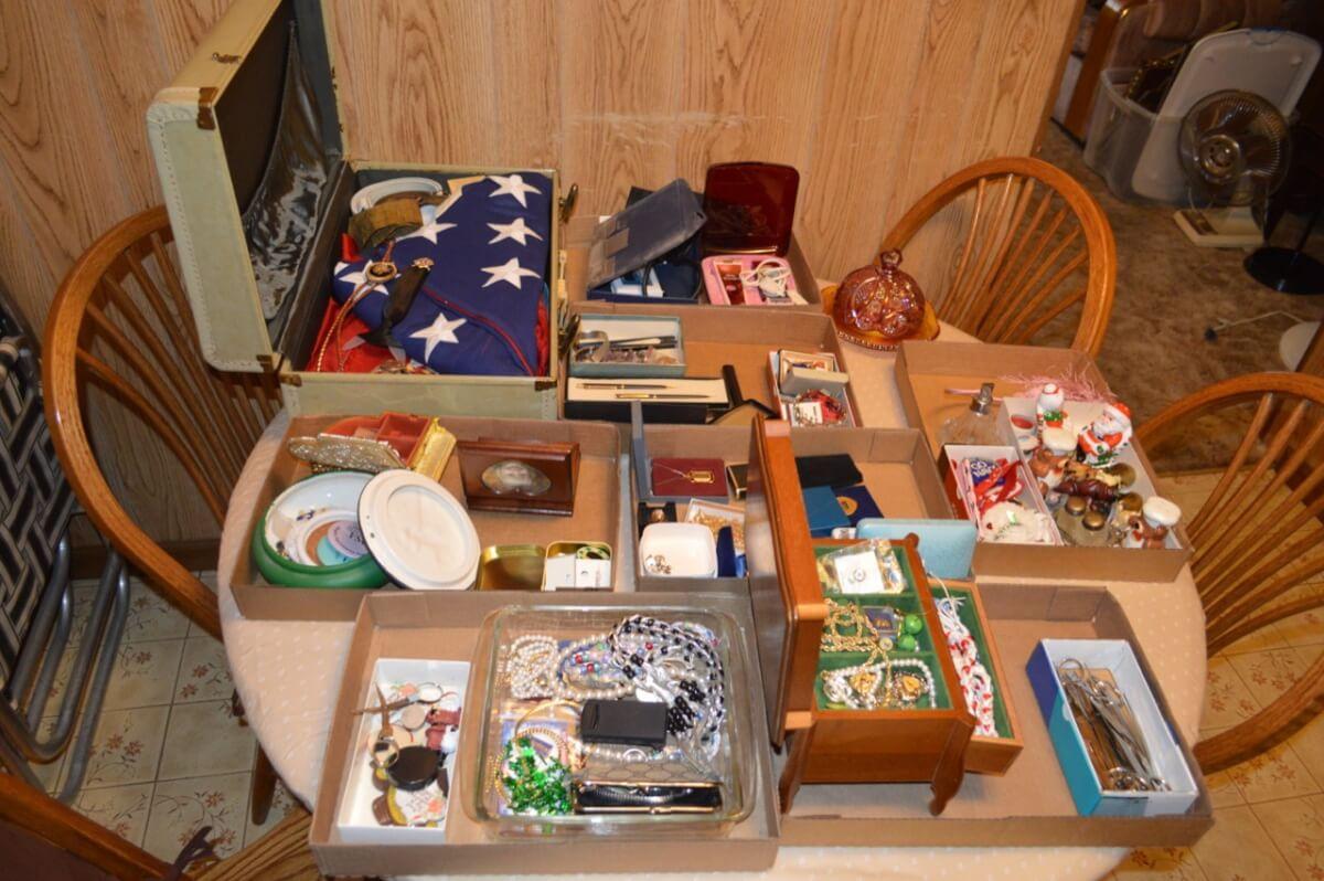 Furniture, Kitchen, Household Misc Auction In El Dorado